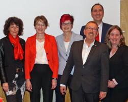Von links: Annette Luckner, Ulrike Bahr, Petra Beer, Karl Heinz Brunner, Christoph Schmid, Katharina Schrader.