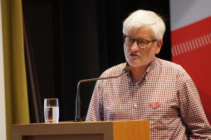Der Vorsitzende des Präsidiums der AWO Schwaben, Dr. Heinz Münzenrieder.
